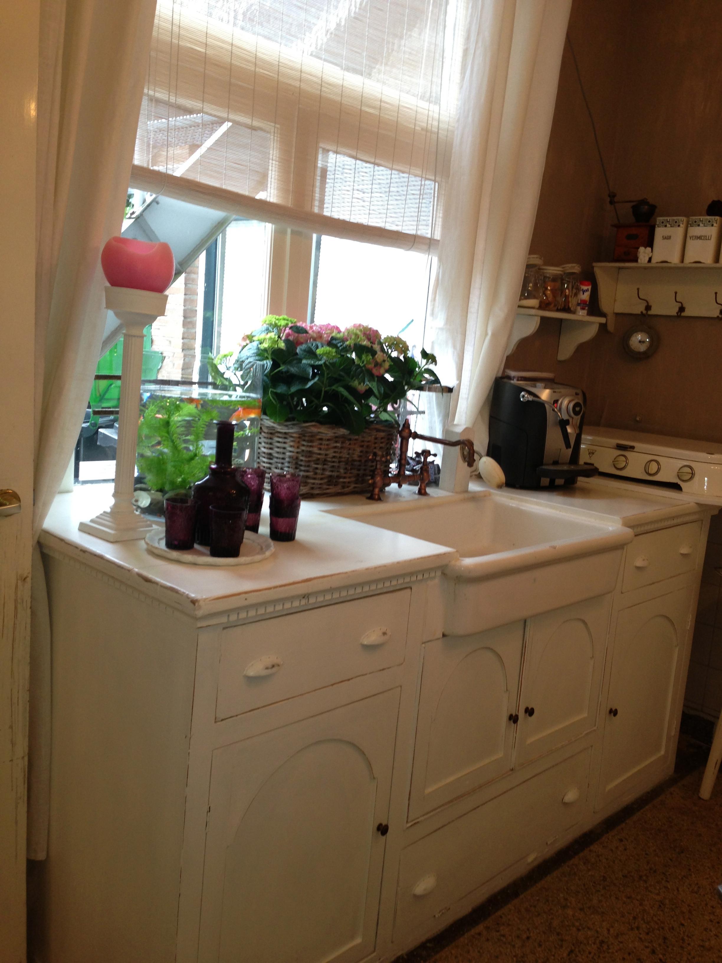 De winkel il fienile alles wat vrouwen leuk vinden - Een dressoir keuken ...